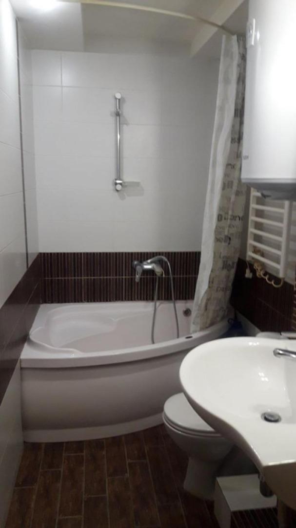 продажа трехкомнатной квартиры номер A-143705 в Суворовском районе, фото номер 7